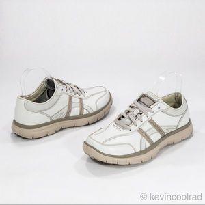 Skechers Relaxed Fit Gel Infused Memory Foam White